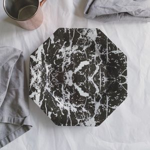 WOODMERE CHINA Marble Octagon Charger Plate
